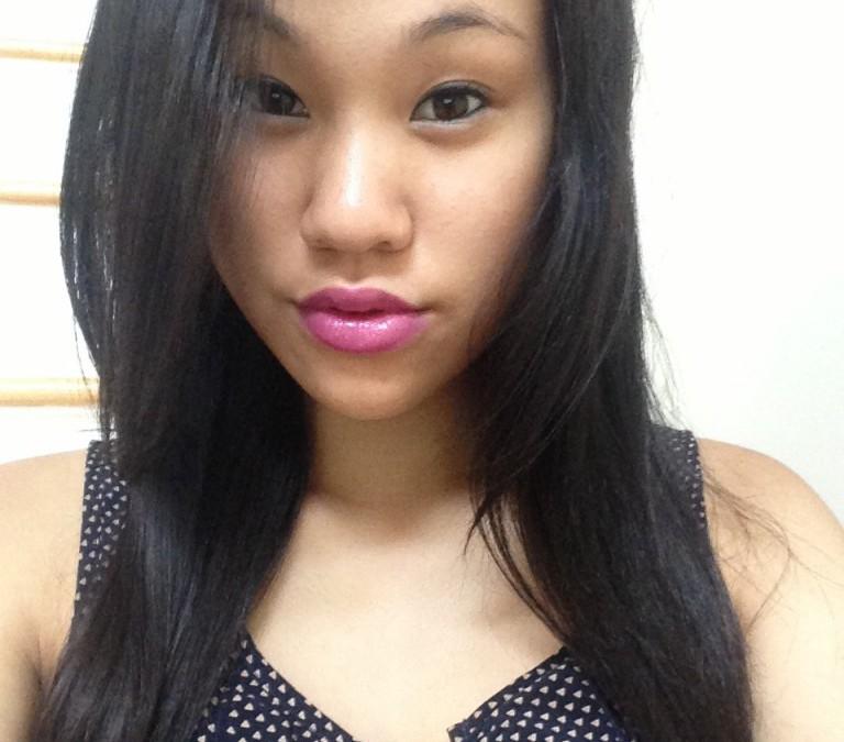 InternDIVA: L'Oreal Colour Riche Caresse Lipstick in Violet Chiffon