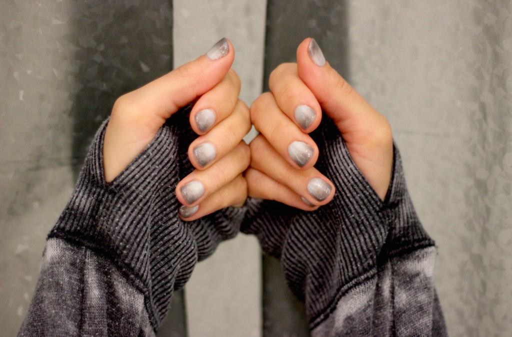 DIVA DISH: The Big Chill Gelish Ombre Gel Mani