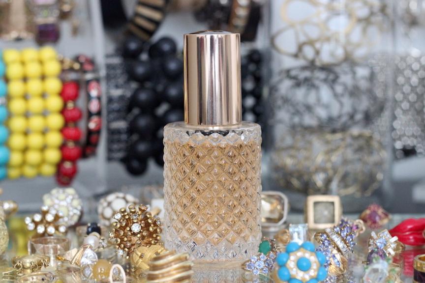 show beauty pure treatment oil on divalcious